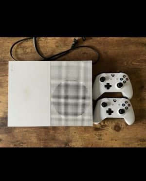 Xbox one S with double controller for Sale in Willard, NM