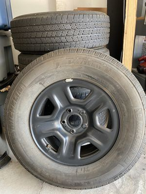 Jeep Wrangler JL - 5 wheels/tires/tpms for Sale in Gibsonia, PA