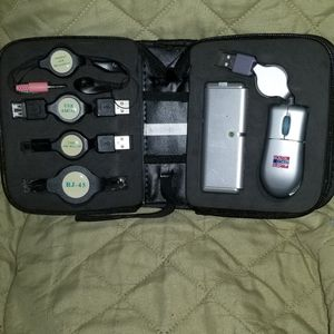 ELECTRONIC ADAPTER TRAVEL KIT for Sale in Las Vegas, NV