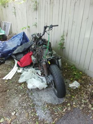 96 honda goldwing oarts bike or project bike for Sale in Houston, TX