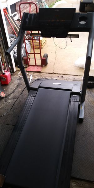 NordicTrack treadmill for Sale in Aurora, IL