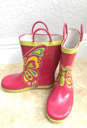 Girls rain boots size 1 for Sale in Miami, FL