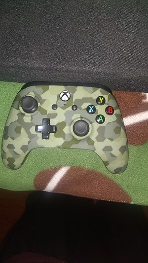 Xbox one controller wired for Sale in San Antonio, TX