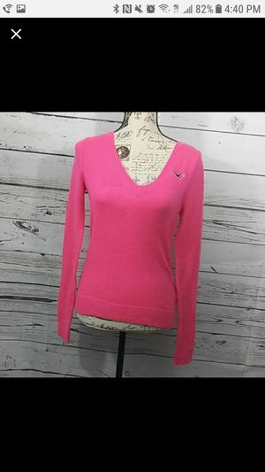 Hollister hot neon pink sweater sz XS for Sale in Mission, TX