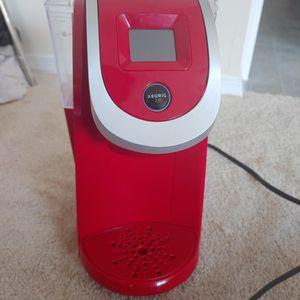 Keurig 2.0 K250 Imperial Red for Sale in Woodbridge, VA