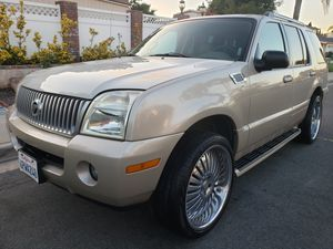 """05 Mercury Mountaineer, clean title, registered, low miles, smogged, 3rd row seat, 22""""rims, flipdown DVD monitor, runs and drives great for Sale in Spring Valley, CA"""