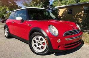 2005 Mini Cooper manual by owner for Sale in Miami, FL
