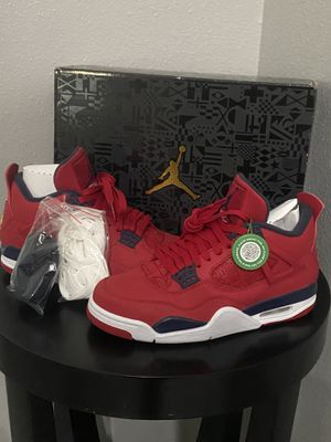 Jordan Retro 4 new for Sale in Haines City, FL