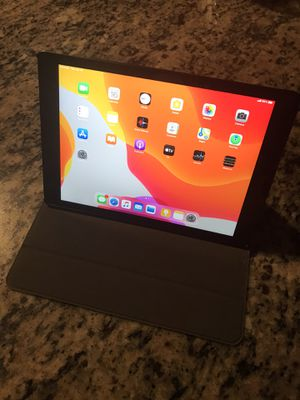 "Apple iPad 7th Generation 32gb Wifi + Cellular 10.2"" Screen Mint/As -New case included for Sale in Carmichael, CA"