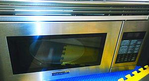 Viking D3 convection/microwave for Sale in Austell, GA