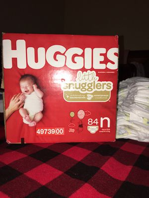 Diapers for Sale in Parlier, CA