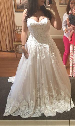Spanish style wedding dress for Sale in Lauderhill, FL