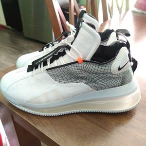 All kinds of nike shoes price is for all 13 pair but will sale in singles for Sale in Baton Rouge, LA