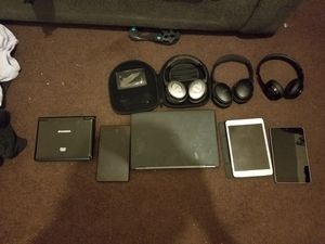 Dre beats bose headphones iPads and laptop for Sale in Cleveland, OH