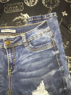 Twenty Tyone Black Jeans for Sale in Merced, CA