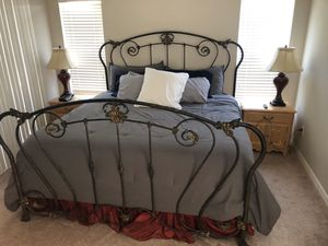 Bed frame king size for Sale in Westchase, FL