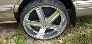 Set rims and tires 255/30/z24 for Sale in Chicago, IL