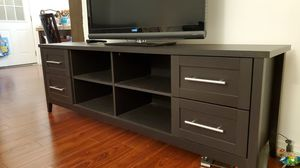 TV stand - fits up to 70inch TV for Sale in Hacienda Heights, CA