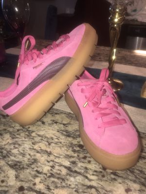 Puma creepers women size 7.5 excellent condition for Sale in Walnut Creek, CA