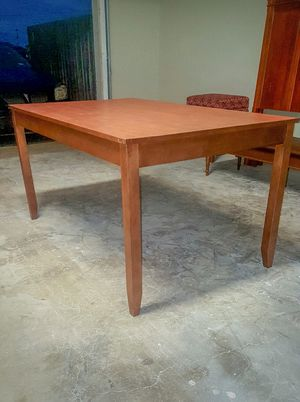 ETHAN ALLEN Dining Table for Sale in Abilene, TX