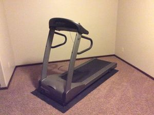 Vision Fitness T9600 Deluxe Treadmill for Sale in Harrisburg, SD