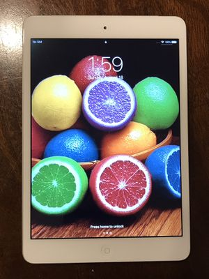 iPad Mini 2 (16GB) , Cellular + Bluetooth Speaker 🍎📱🎧 for Sale in San Diego, CA