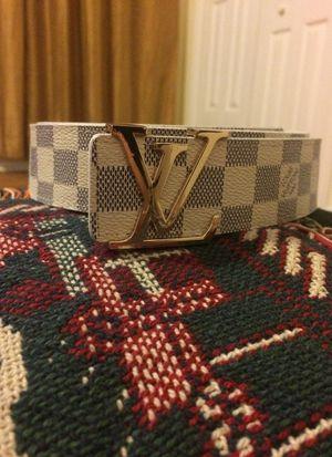 Louis Vuitton Daniel Azur Belt for Sale in Fairfax, VA