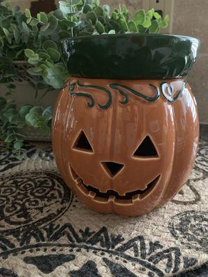 Scentsy Jack O' Lantern Full Size Warmer for Sale in SUPRSTITN Mountain, AZ