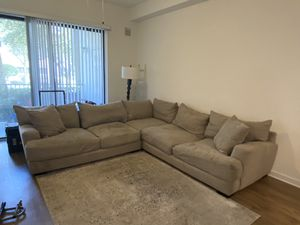 FREE COUCH!! PICK UP ONLY for Sale in Boynton Beach, FL