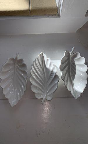 Set of 3 white ceramic leaf dishes for Sale in Fort Lauderdale, FL