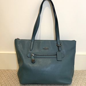 Coach Tote Purse for Sale in Rockville, MD