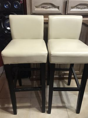 "2 barstool tall 41"" floor to seat 31"" for Sale in Fresno, CA"