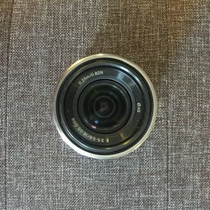 Sony E-Mount Lens 18-55 mm F3.5-5.6 (SEL1855) for Sale in Odessa, TX