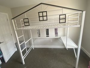 bunk bed for Sale in Washington, DC