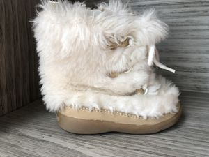 Girls boots- size 5 for Sale in Colorado Springs, CO