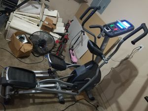 Nautilus E618 Elliptical for Sale in Irving, TX
