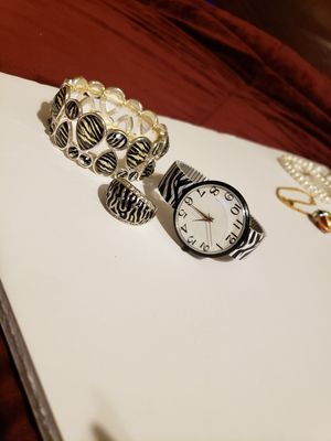 Bracelet/Watch/Ring Size 8 for Sale in CRYSTAL CITY, CA