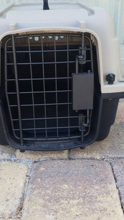 Dog Carrier, Cage, Crate for Sale in Tampa,  FL