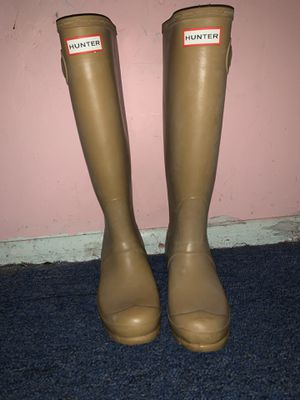 Hunter Tan Beige rain boots tall for Sale in Los Angeles, CA