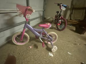 Bike for a little girl for Sale in Youngsville, LA