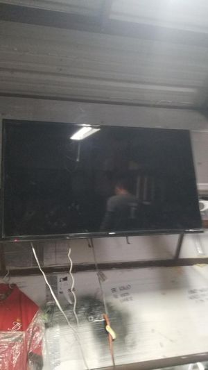 55 inch Sanyo smart tv with wall mount for Sale in Fort Worth, TX