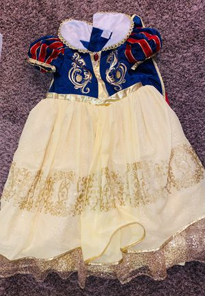 Disney Store Snow White Deluxe Costume. for Sale in Fontana, CA
