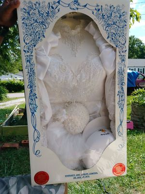 Wedding dress in box sealed for Sale in Nashville, TN