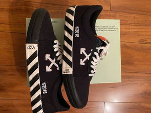 Off-White Vulc Low Black (Updated Stripes) (Size 13) for Sale in Rockville, MD
