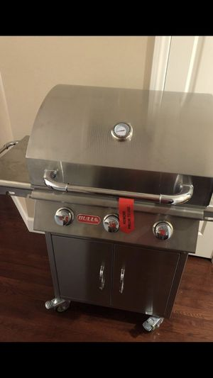 New BBQ Grill by Bull - top of the line - never used!! for Sale in Las Vegas, NV