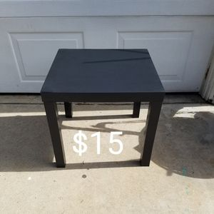 Table End Table for Sale in Long Beach, CA
