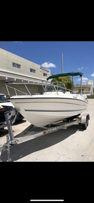 22' Center Console Boat Yamaha 225 Four Stroke for Sale in Miami Beach, FL