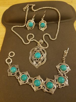3 Piece Faux Turquoise Set for Sale in Knoxville, TN