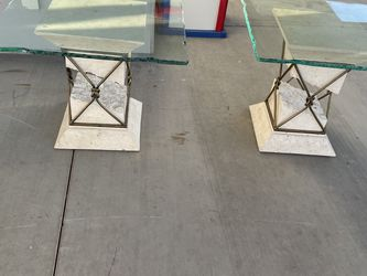 Glass Top Coffee Table And Side Tables for Sale in Goodyear,  AZ