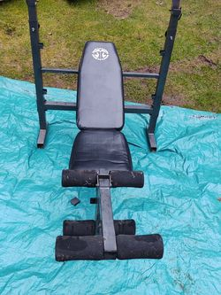 Fully Adjustable Bench Press for Sale in Monroe,  WA